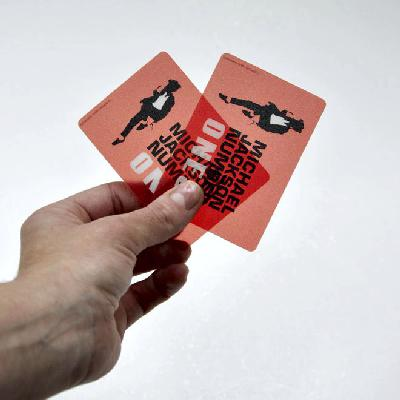 Tisk transparentních plastových karet