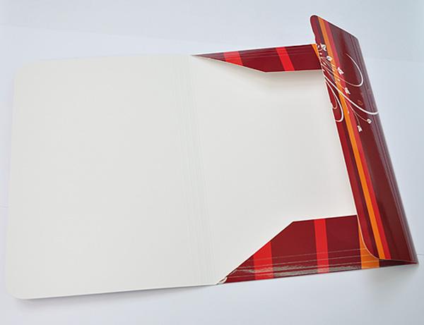 Luxusní firemní složky A4 přichycené gumičkou