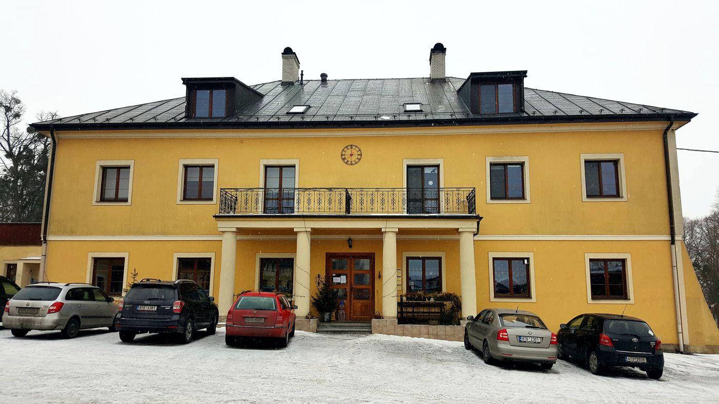 TAEDA - office palace