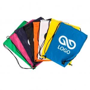 Sportovní taška z polypropylenu s Vaším logem